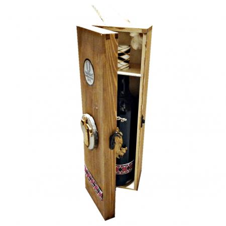 Комплект дървена кутия + тирбушон + бутилка с вино-подарък 750 мл